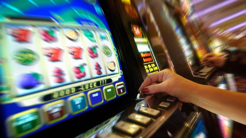 Слот автоматы играть онлайн на фишки покер онлайн турниры видео на русском